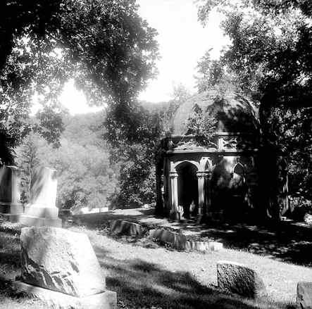 allegheny-cemetery-octagon-03.jpg
