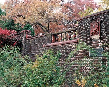 2008-11-02-mellon-park-herb-garden-01