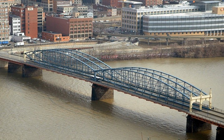 2009-02-13-smithfield-st-bridge-01