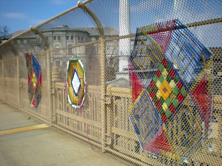 yarn-graffiti1