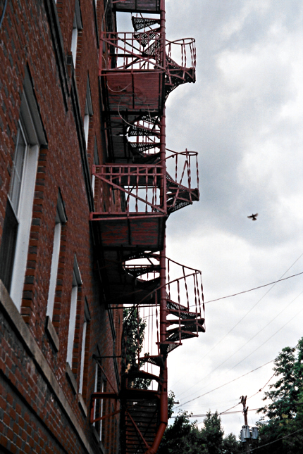 2009-06-xx-Shadyside-Fire-Escape