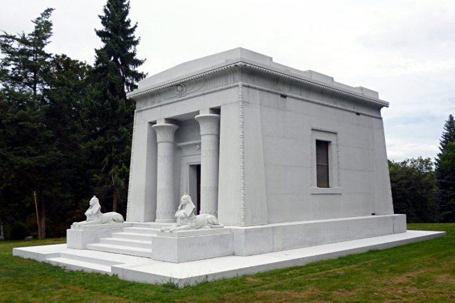 2013-08-18-Allegheny-Cemetery-Winter-03