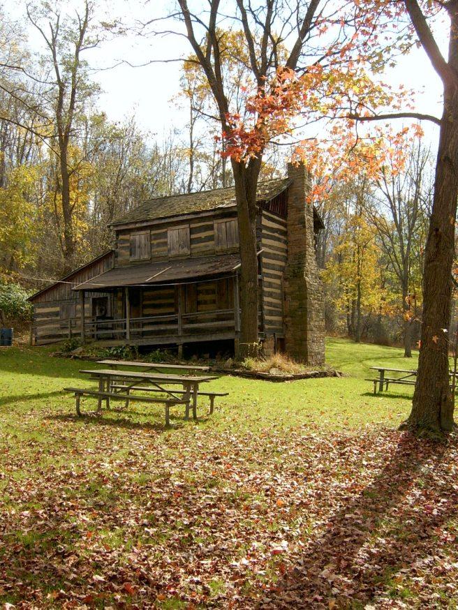 2013-10-24-Carpenter-Log-House-02