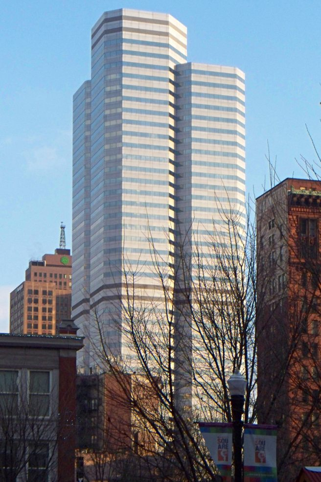 2013-11-29-One-Oxford-Center-01